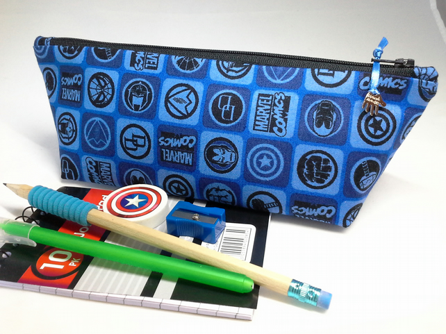 Marvel comics pencil case with contents -  353