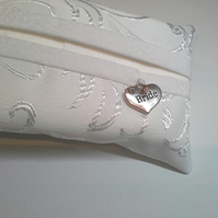 Wedding Bride Tissue Holder 42A
