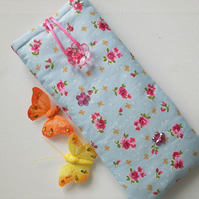 Glasses or Sunglasses case with small Roses - 104A