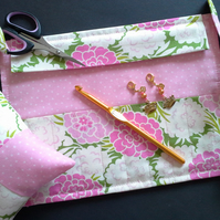 Crochet hook wallet 197B