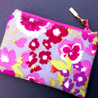 Pansy Coin Purse 90E