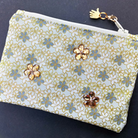 Daisy coin purse 119E