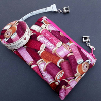 Sewing themed Coin Purse and covered tape measure 556C