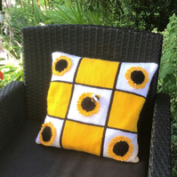 Knitting Pattern for Sunflower Cushion