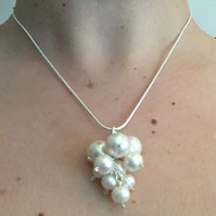 Pearl Bridal Cluster Necklace Silver Chain Wedding pendant
