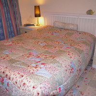 Very Large Patchwork quilt to fit Double, King or Super King bed