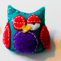 Handmade Felt Owl Brooch - Bird Brooch - Cute Tael, Red and Purple Owl