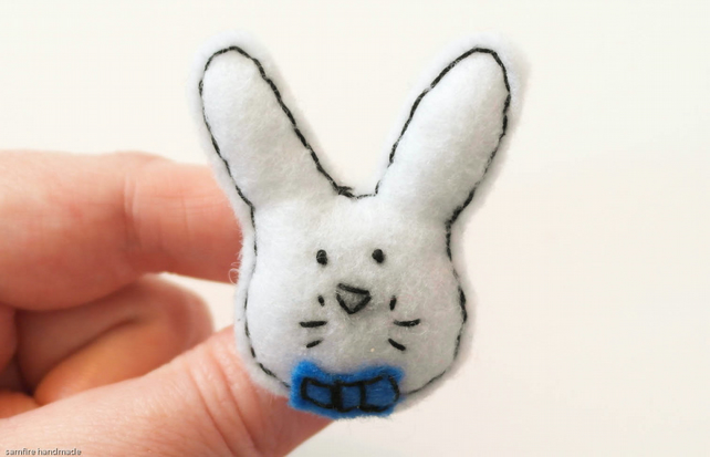 Cute white rabbit brooch in a bow tie, Easter gift, Felt white bunny brooch