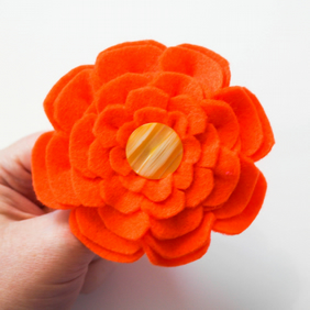 Felt jewellery. Flower corsage. Handmade orange felt flower. Flower pin.