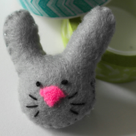 Grey rabbit brooch-Stocking filler-Gift for a rabbit lover