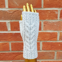 Cable knit wristwarmers, fingerless mittens