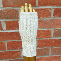 Hand knitted fingerless mittens FREE UK SHIPPING
