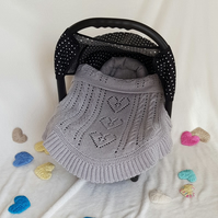 Small blanket, moses basket or carseat