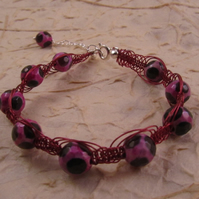 Pink and Black Agate Macrame Bracelet