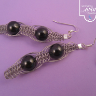 Black Shell Pearl Macrame Dangle Earrings