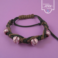 Green Macrame Bracelet with Brown Aluminium Beads