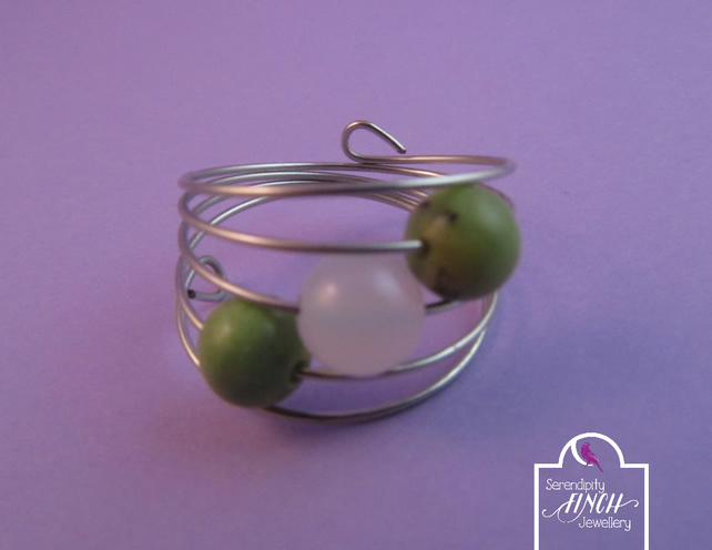 Green White Agate Silver Memory Wire Ring, Green Ring, Agate Ring, Wire Ring