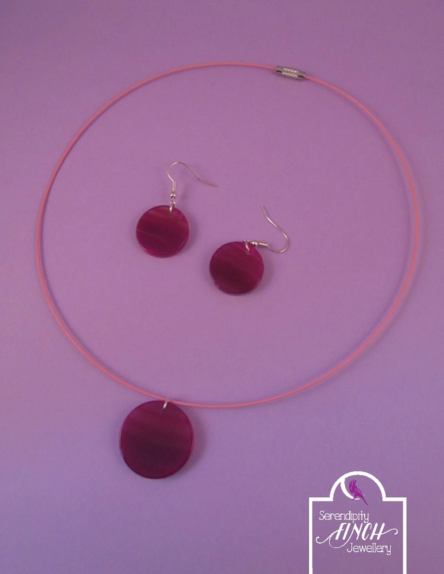 Round Pink Agate Necklace and Earring Set