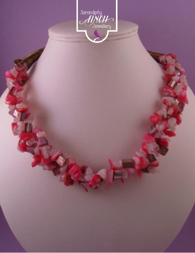 Pink Shell, Rose Quartz Short Necklace, Pink Necklace, Rose Quartz Necklace