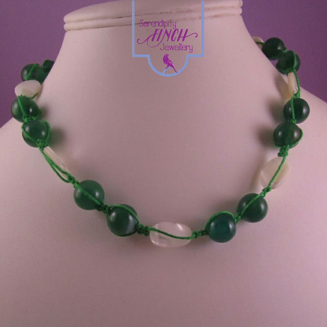 White Shell Green Agate Macrame Necklace