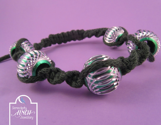 Dark Green Macrame Bracelet with Aluminium Beads