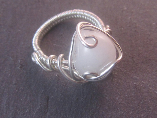White Agate Ring, Wirework Ring, Gemstone Ring