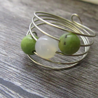 Green White Agate Silver Memory Wire Ring, Green Ring