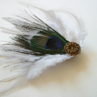 White Feather Fascinator (hair clip, head piece, bridesmaid, wedding)