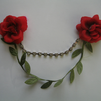 Red Flowers in Bloom Collar Clips