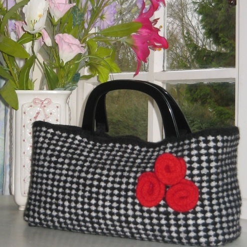 BNWT TOMMY KATE BLACK WHITE DOGTOOTH TRAVEL WEEKEND OVERNIGHT BAG