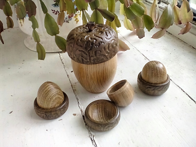 Large Acorn Trinket box.