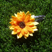 Felt Sunflower Hair Clip