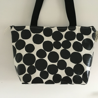 Tote bag, shopping bag, handbag,Book Bag,Black & white spotty oilcloth