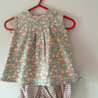 Baby girl's two piece outfit