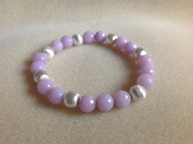 Lavender faceted jade and brushed silver bracelet.