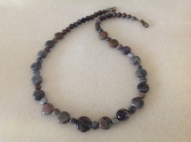 Snake skin Jasper gemstone beaded necklace.