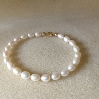 Ivory freshwater pearl and 14k gold filled bracelet