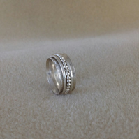 Sterling and fine silver three band spinner worry ring