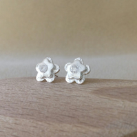 Fine and Sterling silver flower stone set stud post earrings