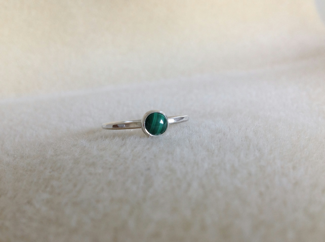 Green Malachite Sterling and Fine silver dainty ring