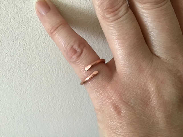 Solid Copper single wrap Unisex ring