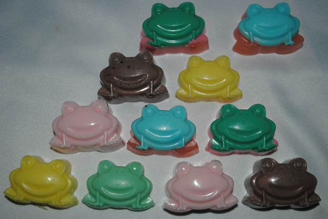 novelty goats milk frog soap x 4