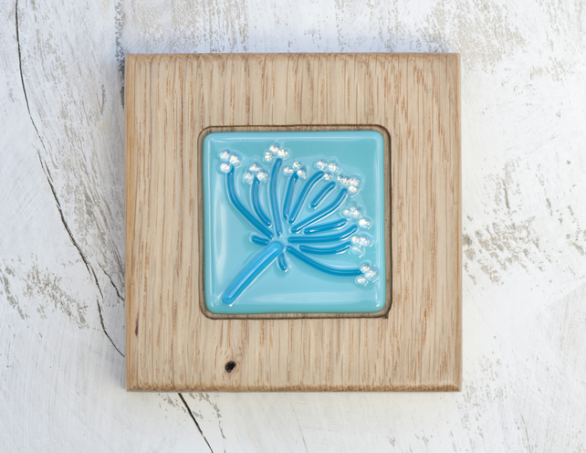Pretty Cow Parsley Fused Glass Picture set in a Handmade Oak Block Frame