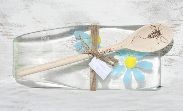 Fused Glass Spoon Rest -  Daisy Design with 'Bee Happy' Wooden Spoon