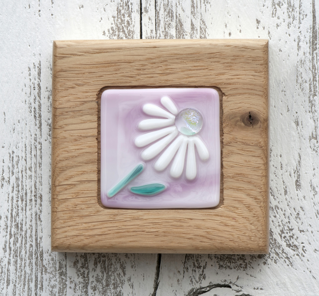Pretty Daisy set in a Handmade Oak Block Frame