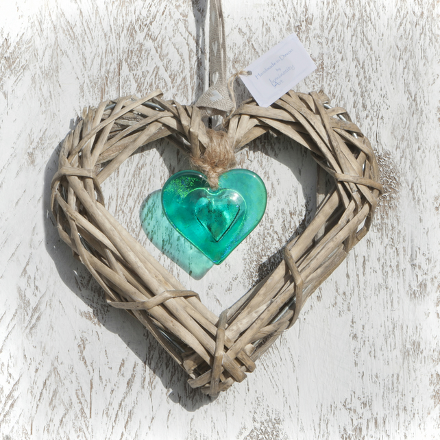 Wicker & Glass Hanging Heart - Emerald Green Iridescent