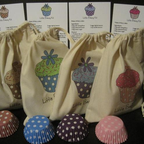 CHILDS / CHILDRENS BAKING COOKING PARTY GIFT BAGS x 4