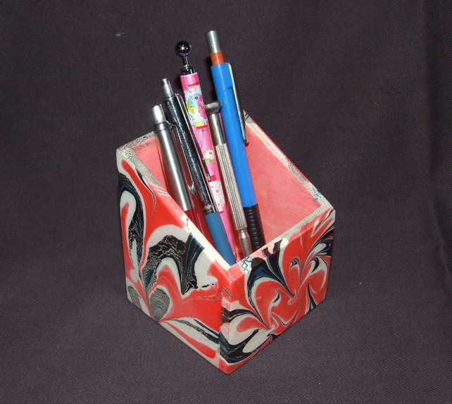 Desk Tidy in Red and Black