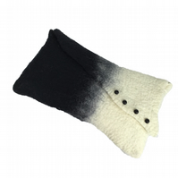 Felted handbag, clutch bag, black and white
