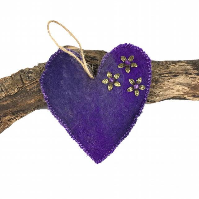 Lavender scented purple felted padded heart  (2)